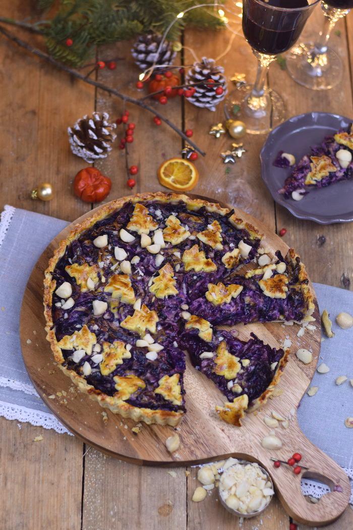 Rotkohl Tarte - Apfelrotkohl und Parmesan Thymian Plaetzchen (17)