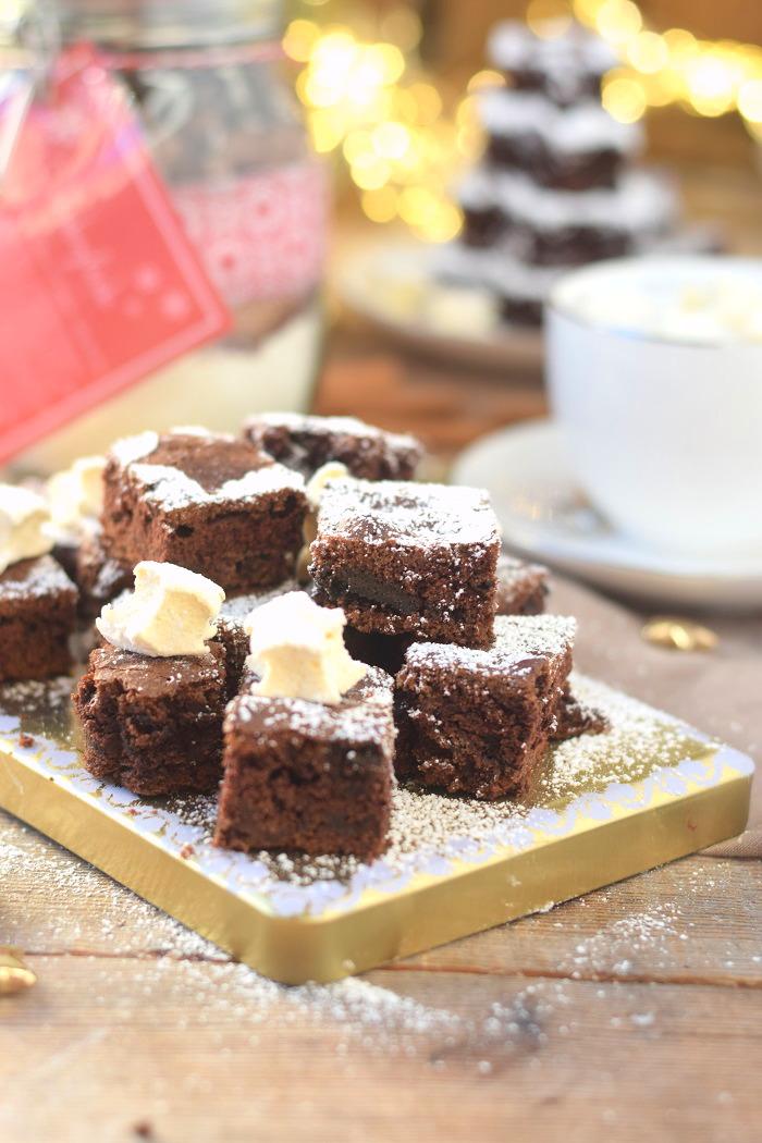Schokokuchen mit Lieblingsschokolade und Zimt Marshmallows (13)