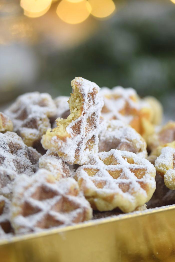 Spekulatius Waffelplaetzchen - Speculoos Waffle Christmas Cookies (9)