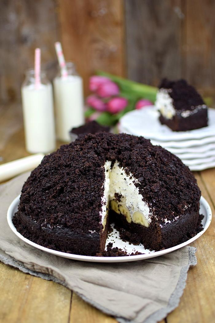 Maulwurfkuchen - Schokoladenkuchen mit Bananen und weisser Creme - Chocolate Banana Cream Cake Pie (18)