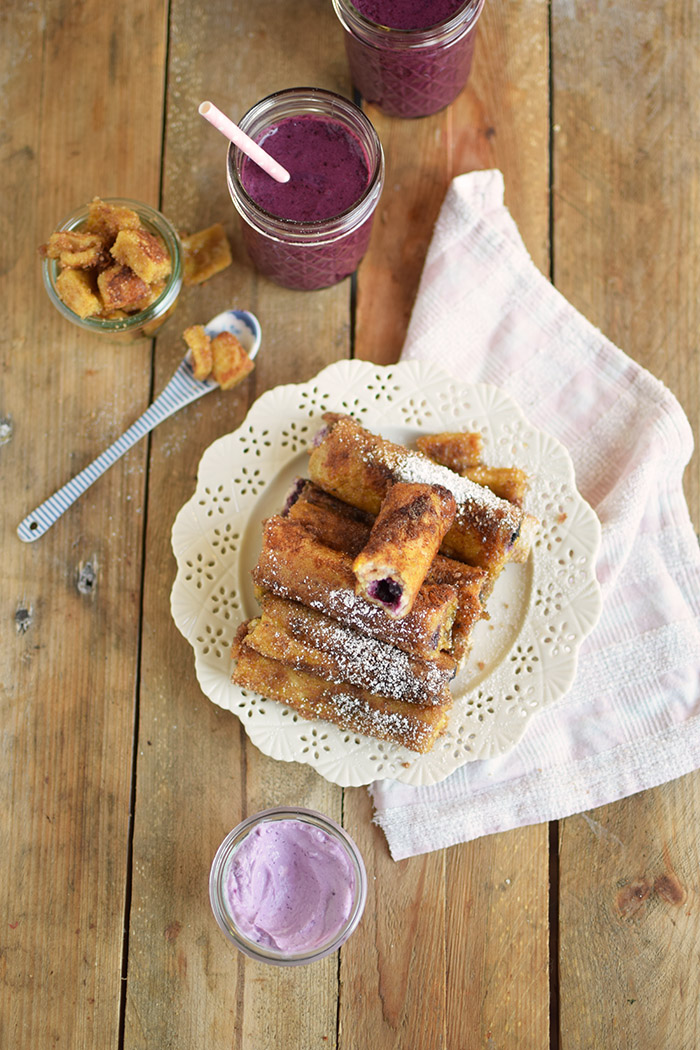 French Toast Zimt Blaubeer Roll Ups - French Toast Cinnamon Blueberry Rolls Ups (18)