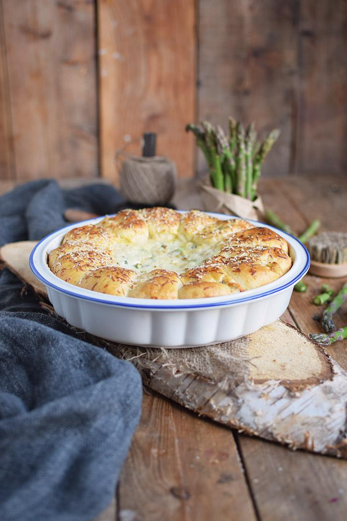 Joghurt Broetchen mit Spargel Dip - Yogurt Asparagus BBQ Rolls (22)