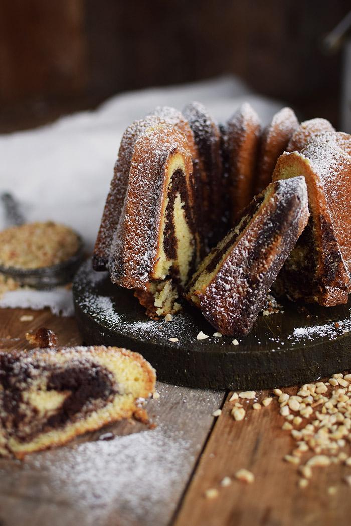 Nougat Gugelhupf - Bundt Cake with Nougat and Chocolate (16)