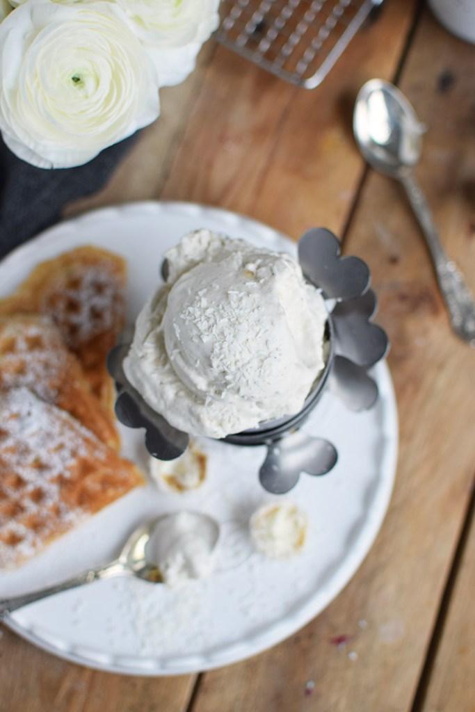Raffaello-Kokos-Waffeln & Raffaello-Kokos-Eis Rezept (14)
