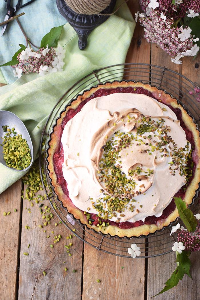 Erdbeer Rhabarber Meringue Pie - Strawberry Rhubarb Meringue (8)