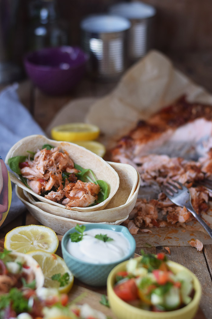 Pulled Lachs mit frischer Salsa - Pulled Salmon Tacos (18)