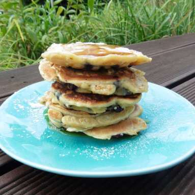 Heidelbeer Pancakes mit Frischkäsekern von Törtchenfieber
