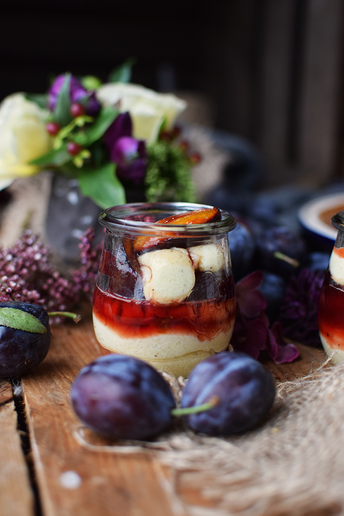 griesspudding-mit-pflaumenkompott-semolina-custard-with-plum-compote-7