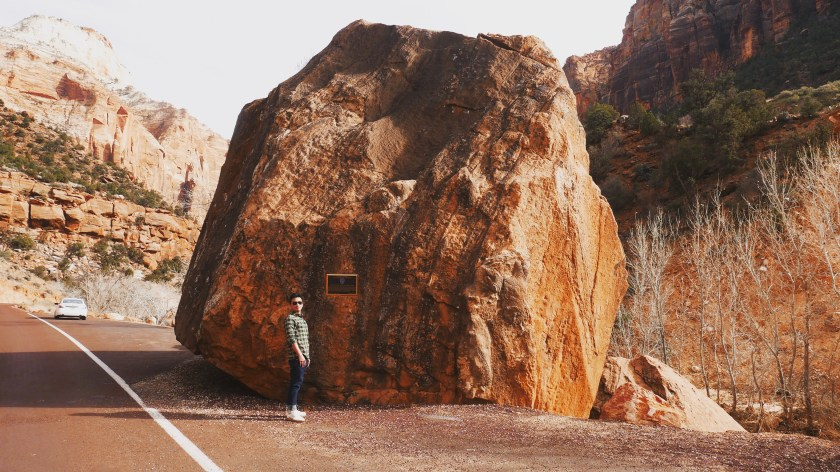 zion-mount-carmel-tunnel-and-highway-entrance