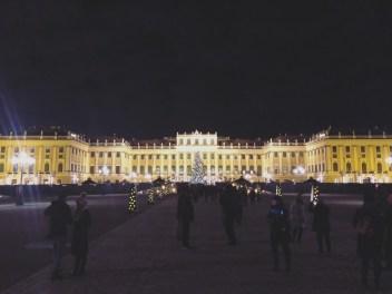 Schönbrunn Palace, Europe Christmas Market