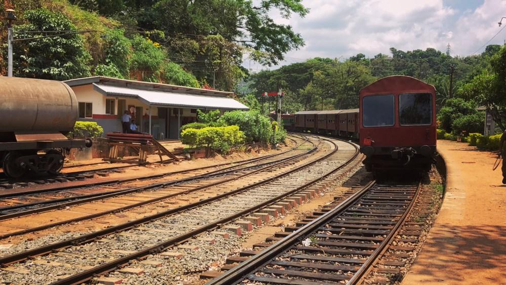 1 Sri Lanka's Scenic Ride 6