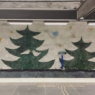 2 Stockholm Subway Tensta 4
