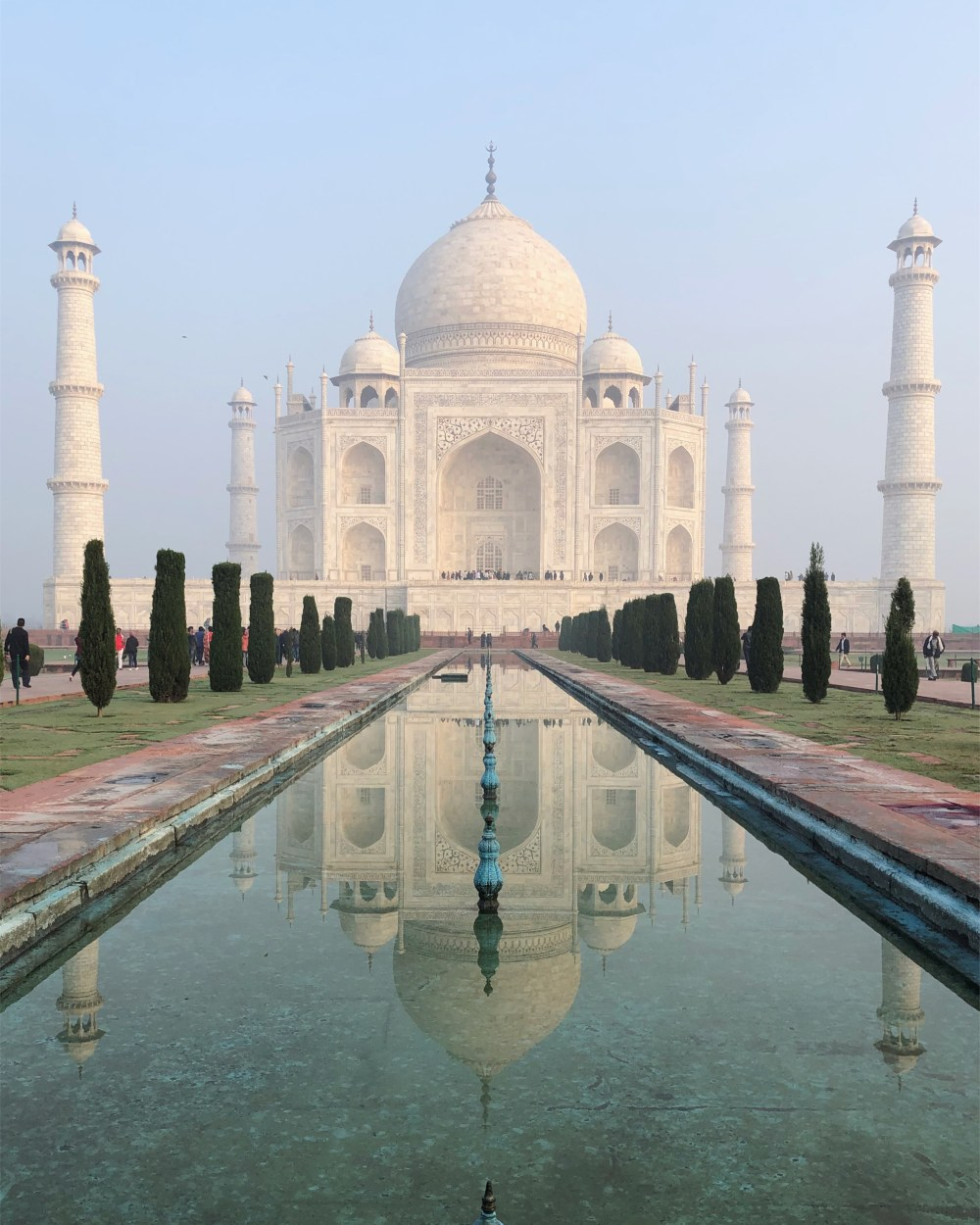 15 Creative ways of shooting Taj Mahal Reflection