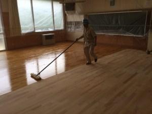 床研磨塗装ウレタン塗装1回目