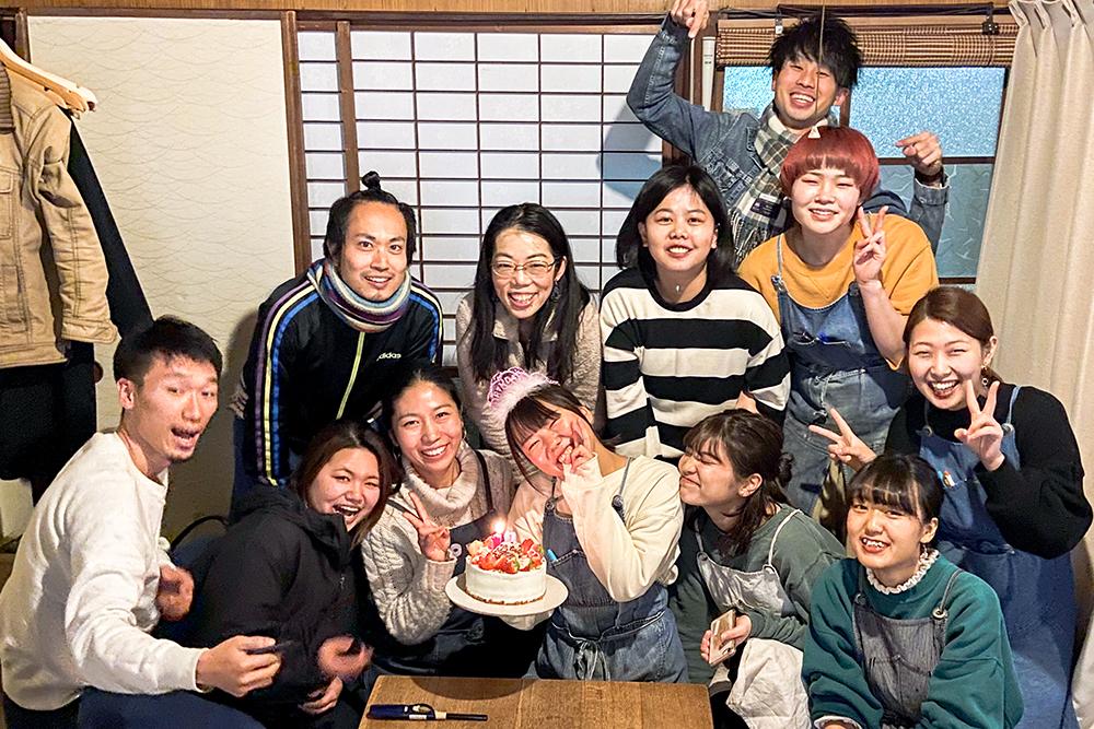 カフェ有鄰庵スタッフゆっちゃんの誕生日祝い