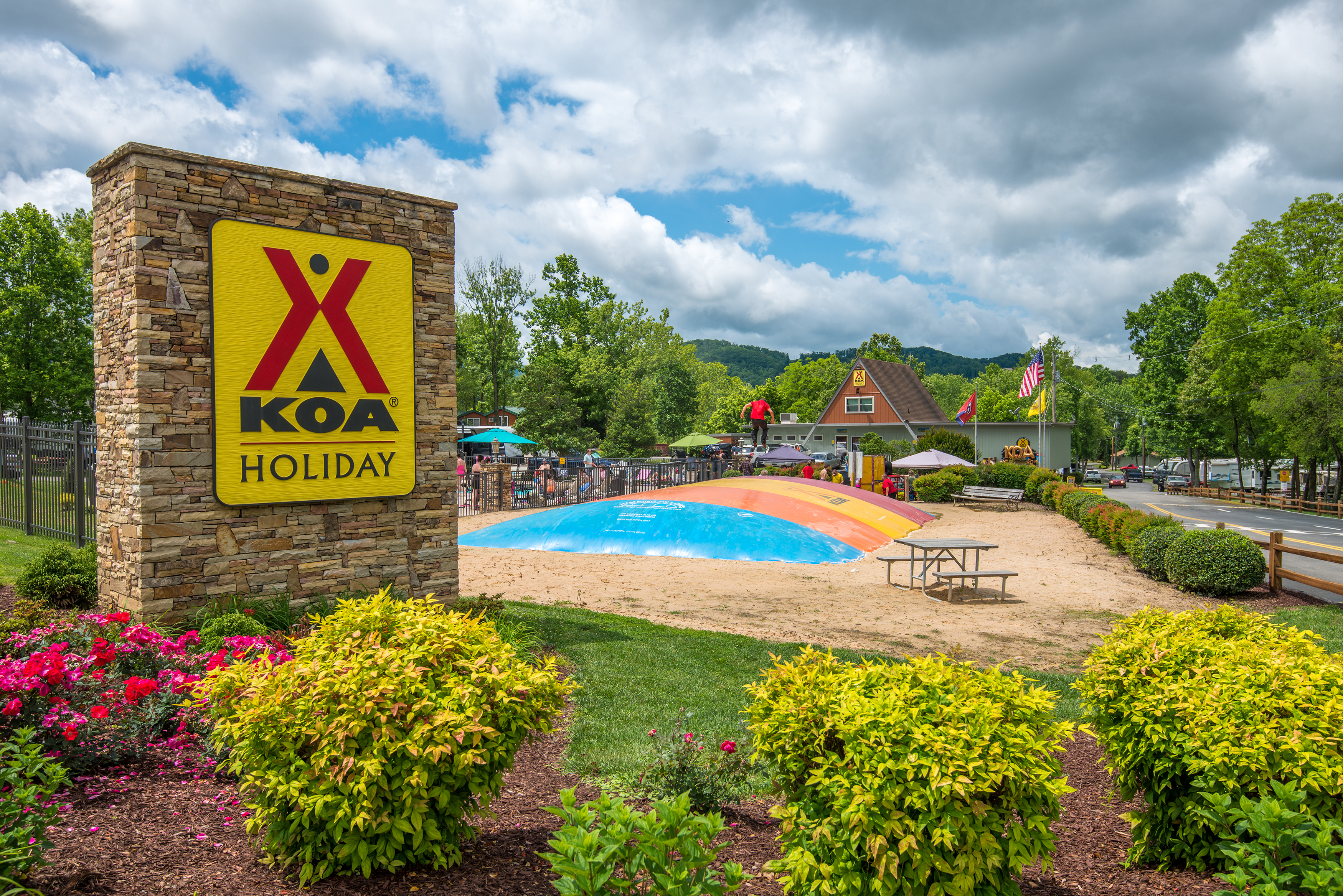 Welcome to Pigeon Forge / Gatlinburg KOA