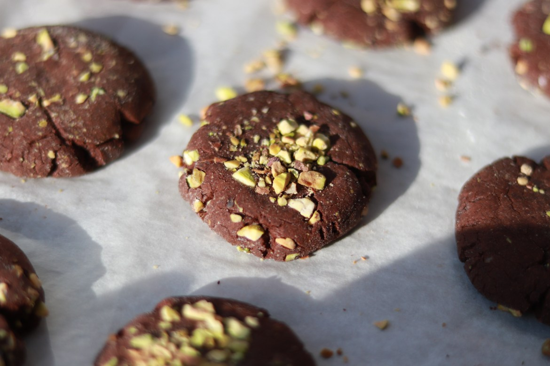 flourless_mocha_pistachio_cookies7