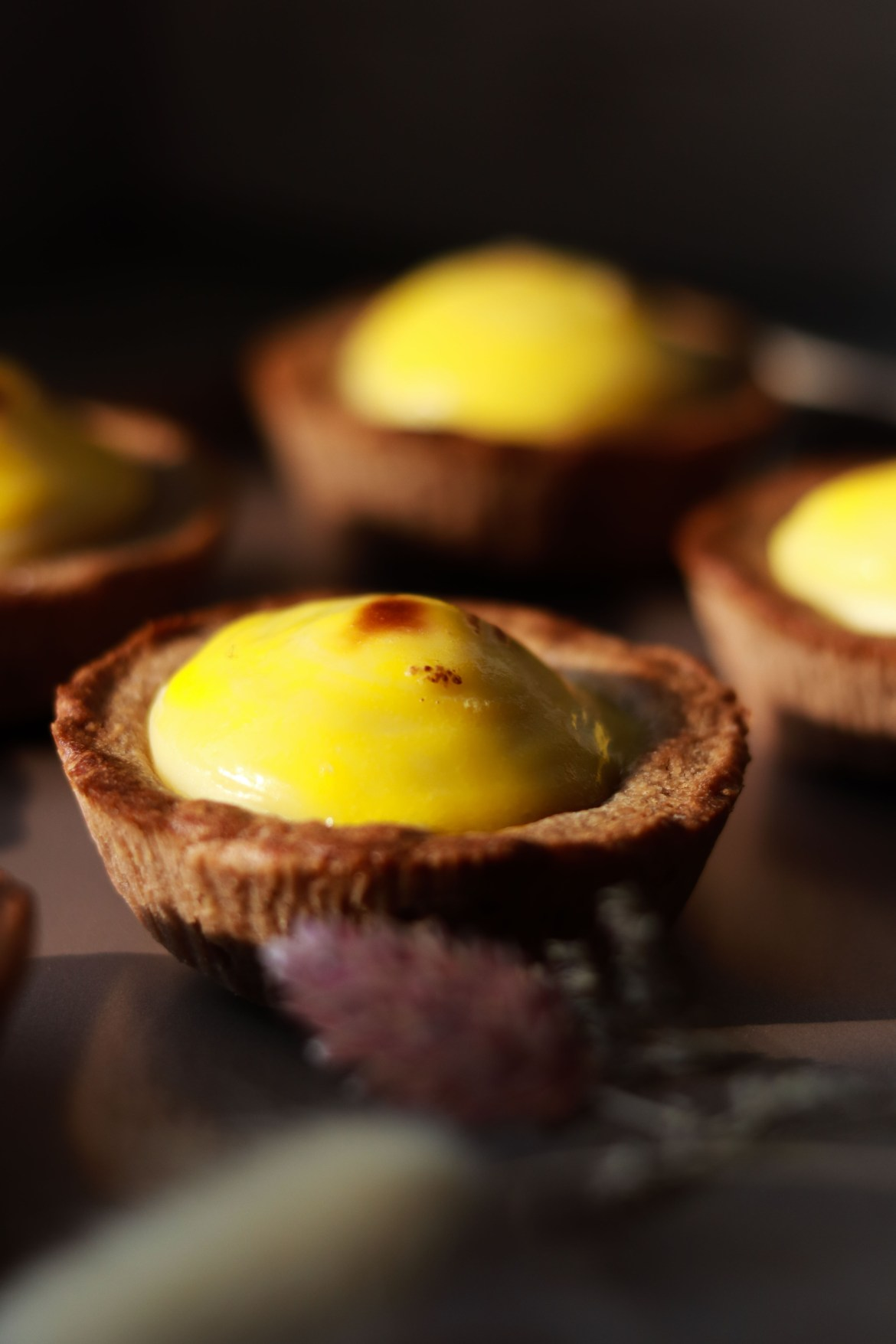 Japenese-mini-cheese-tart-with-milo-crust