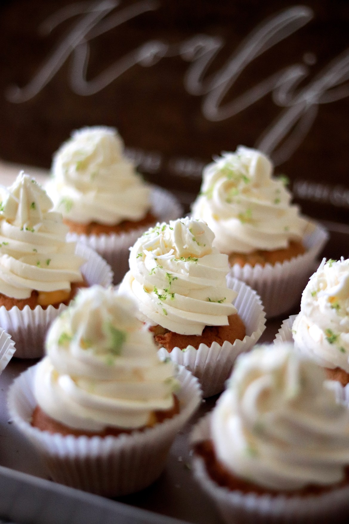 Coconut_lime_cupcake_with_Swiss_Meringue_Coconut_Buttercream_and_Lime_curd2