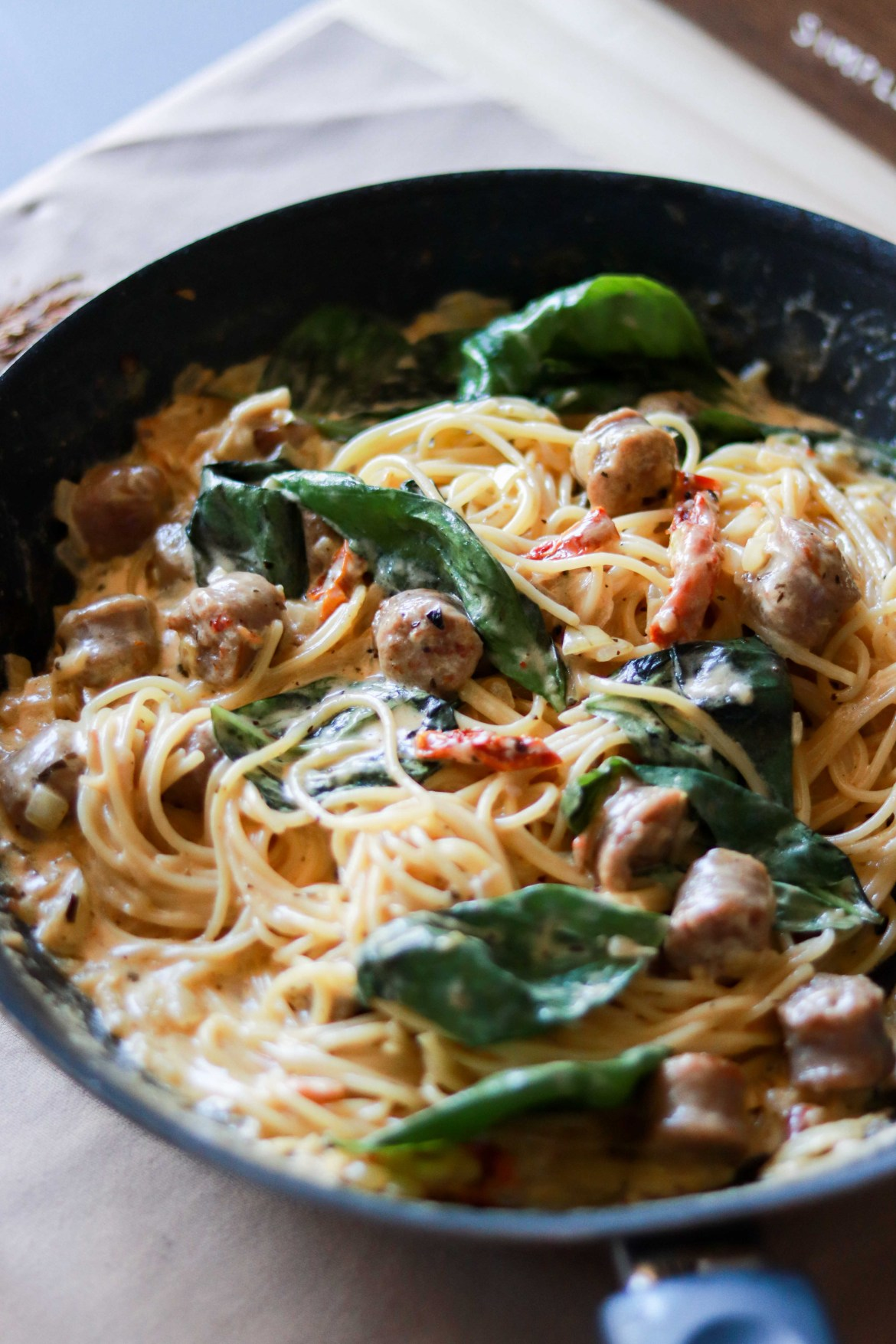 SunDriedTomato_Basil_Sausage_Paste_in_Whitewine_Cheesey_Cream_Sauce6