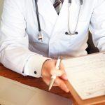 新型コロナウイルス 医師が語る重症度と感染力  治療薬の見通し