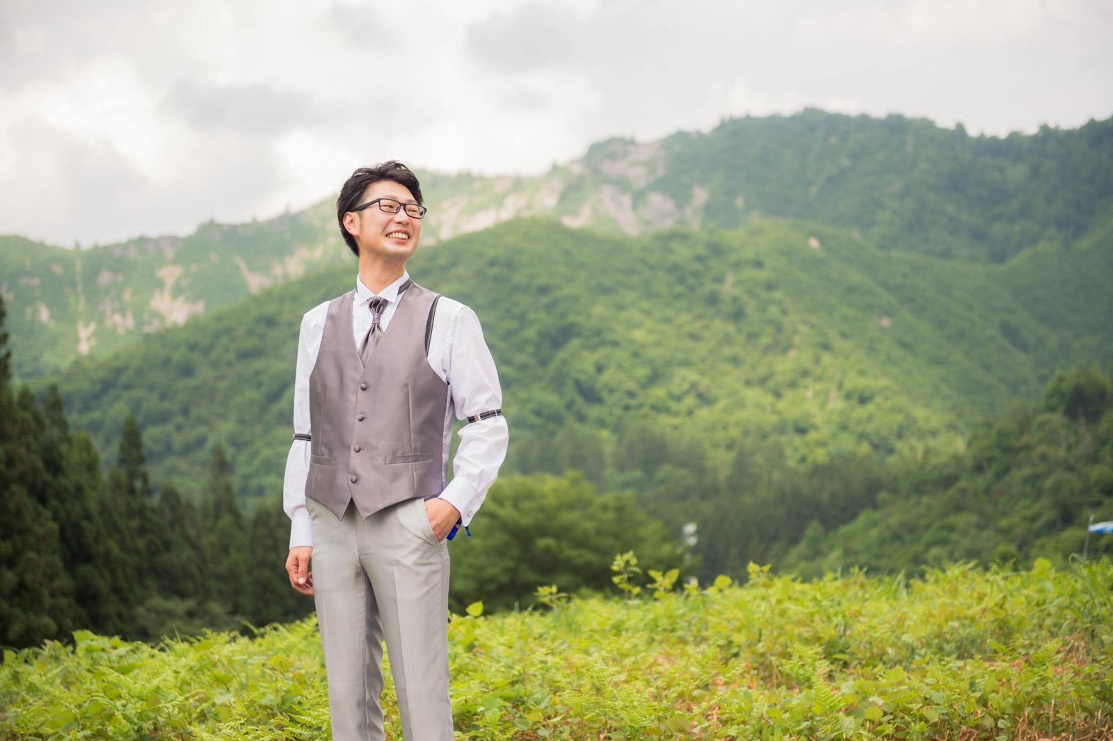 すっごい山の中なので普通は撮れないようなカットになります。