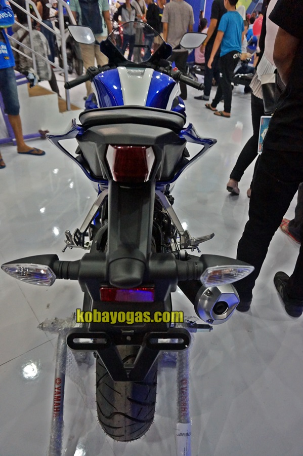 Yamaha All New R15 VVA MotoGP series