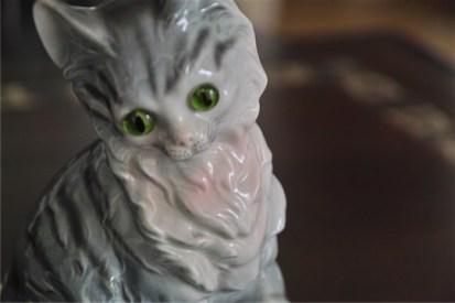 ドイツ製 魅惑のアロマランプ 縞猫
