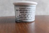 1840年代から 88年 英国 CLARKE 社 陶器の軟膏入れ 超ミニなレア品 11