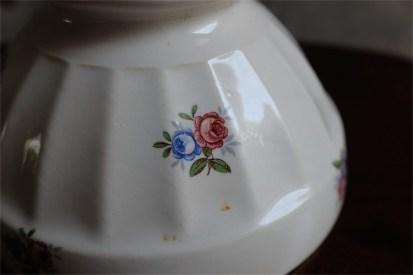 アンティークカフェオレボウル その58 フランス DIGOIN(ディゴアン)社製  小さな花束柄