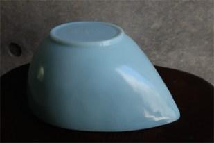 ファイヤーキング ティアドロップ入れ子式ボウル 1956−58の3年間のみ製造のターコイズブルー 小さい方から2つ目のサイズ