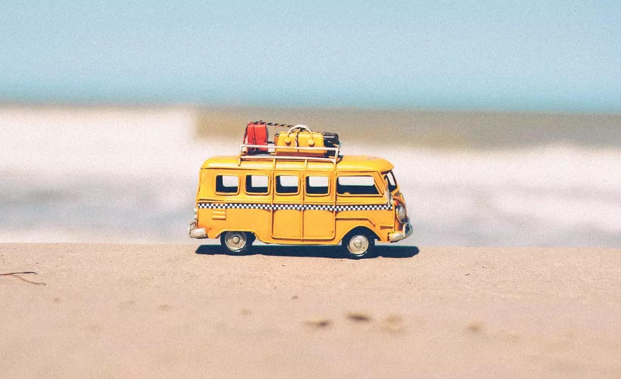 Tanie wakacje - jak oszczędzić na urlopie?