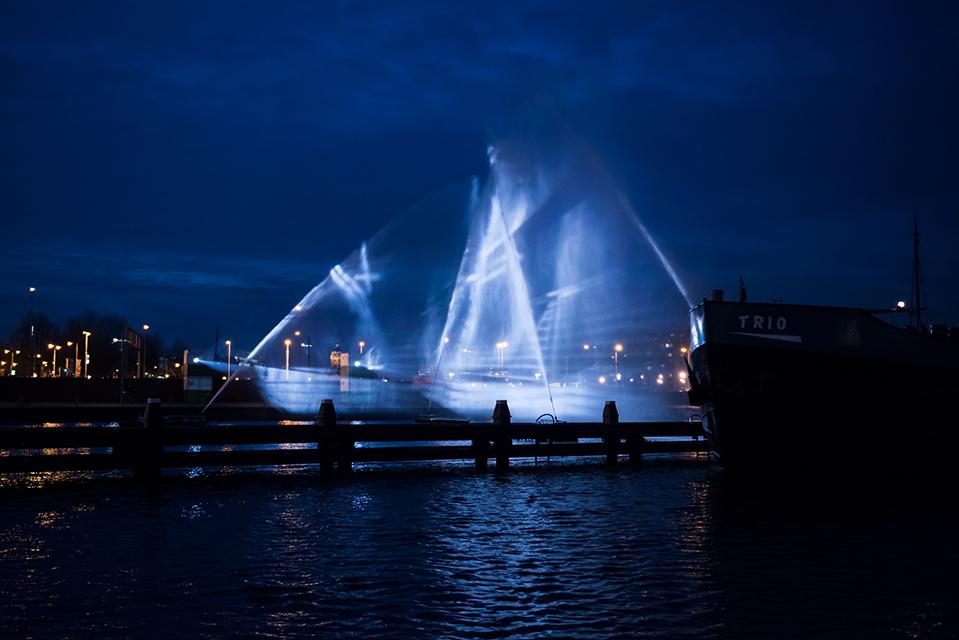 Ghost Ship_Amsterdam Light Festival_ kobi lighting studio 00 re
