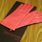 手袋を買いました