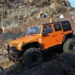 3Dプリンタでギャラリー制作!クローラーラジコン Axial SCX10 Jeep Wrangler(白×オレンジ)