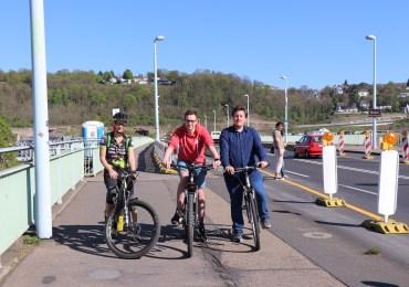 Für Radfahrer und Fußgänger wird Pfaffendorfer Brücke noch schmaler