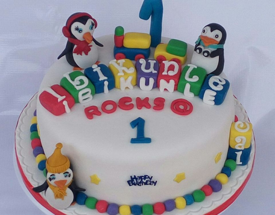 Penguin Baby Cake