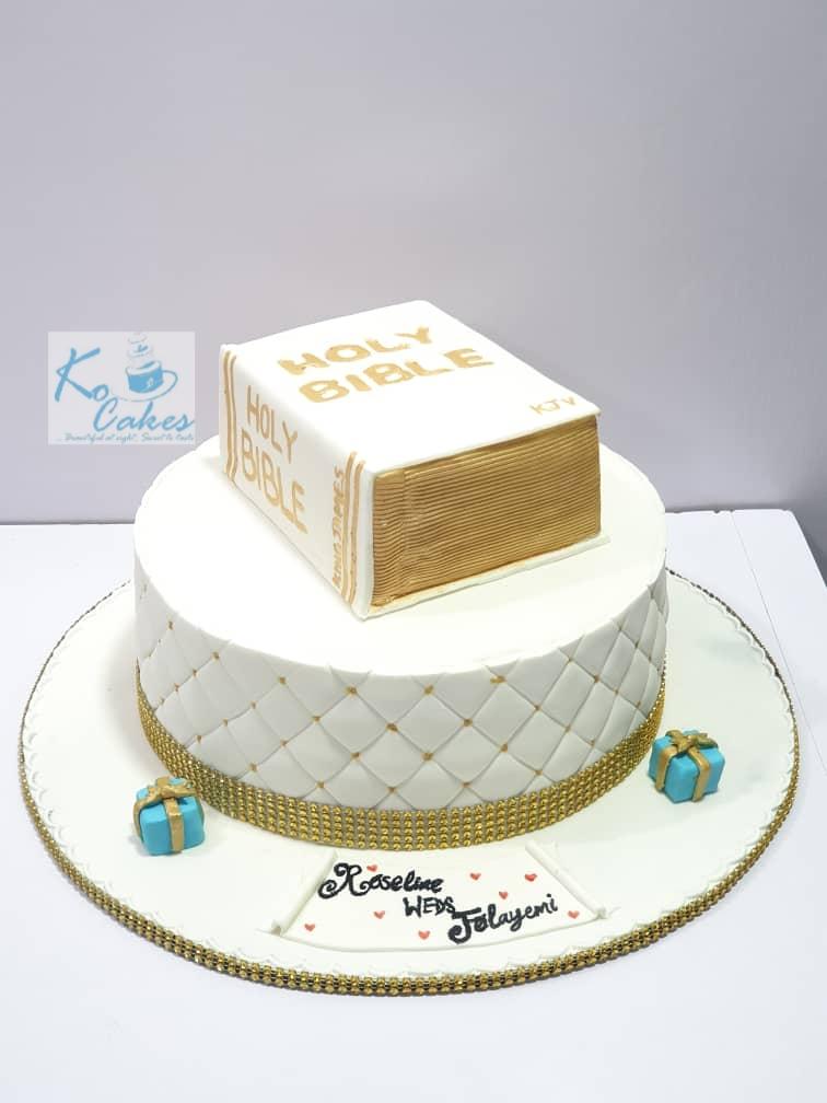 Bible Trad cake