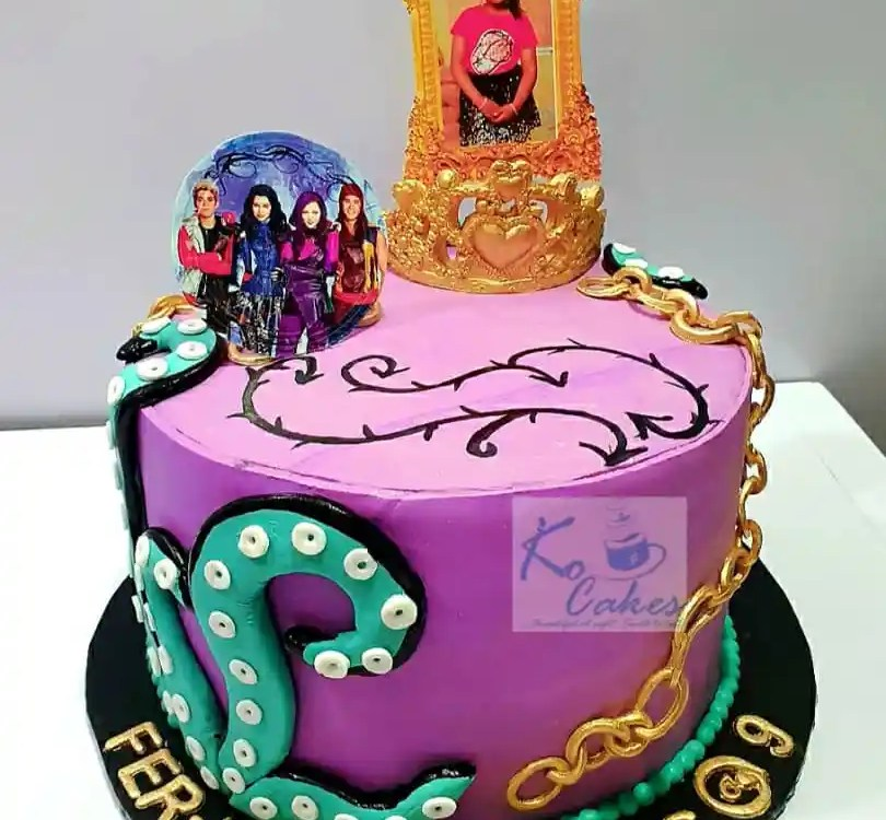 Disney Descendant cake
