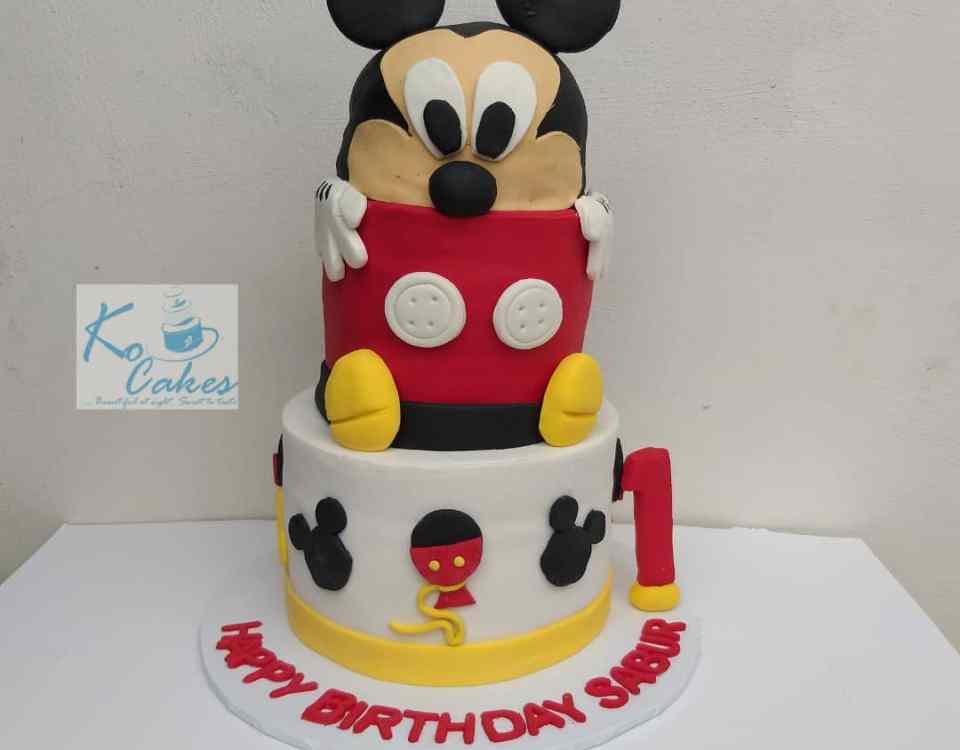 Mickie mouse cake