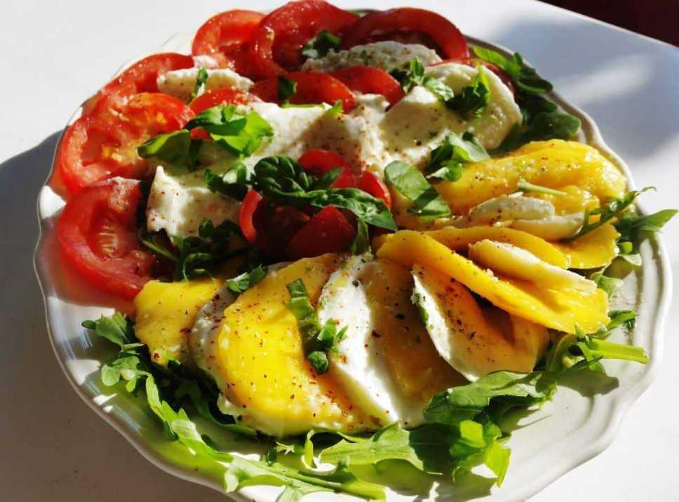 tomate-mango- und-büffelmozzarella- kochen- aus- liebe