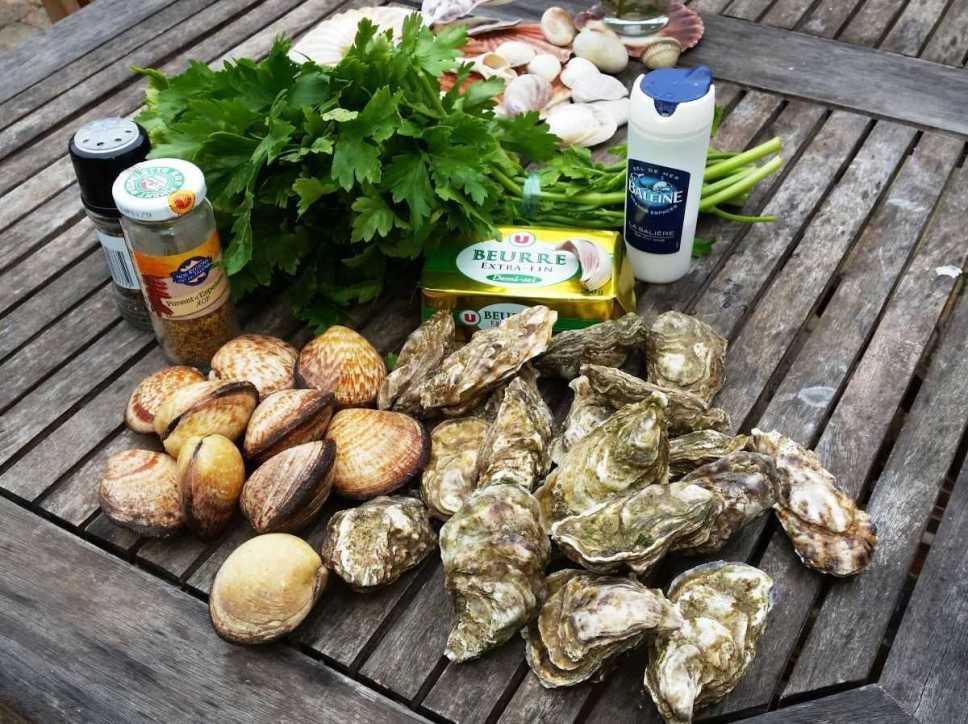Austern , Amandes , Petersilie und Gewürz