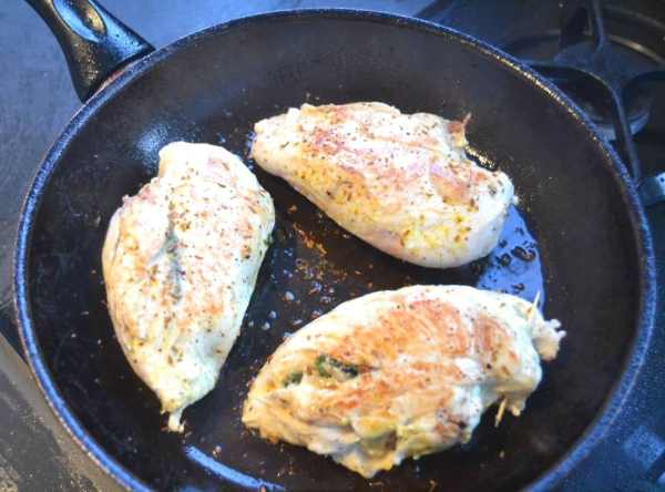 Hähnchenbrust gefüllt braten