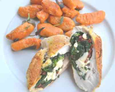 gefüllte- hähnchenbrust- mit- feta- und- spinat-