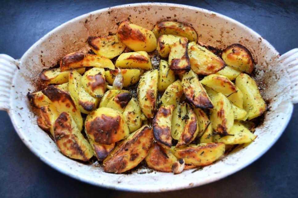 rosmarinkartoffeln- aus- dem- ofen 4