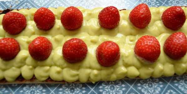 Blätterteig mit Pistaziencreme und Erdbeeren kochen aus liebe