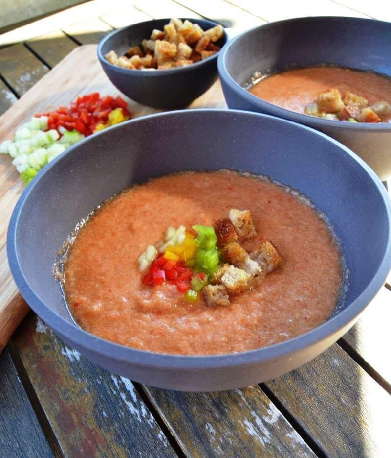 Leckere Gazpacho kalte spanische Gemüsesuppe https://kochenausliebe.com/gazpacho-kalte-spanische-suppe/