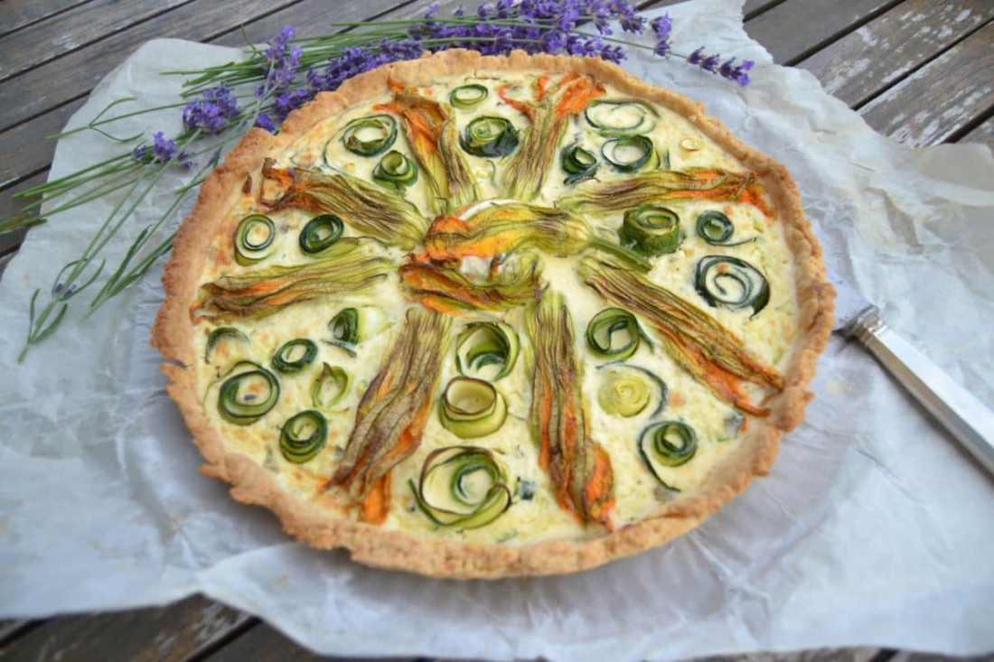 Tarte fleur de Courgette Zucchini Tarte -Quiche