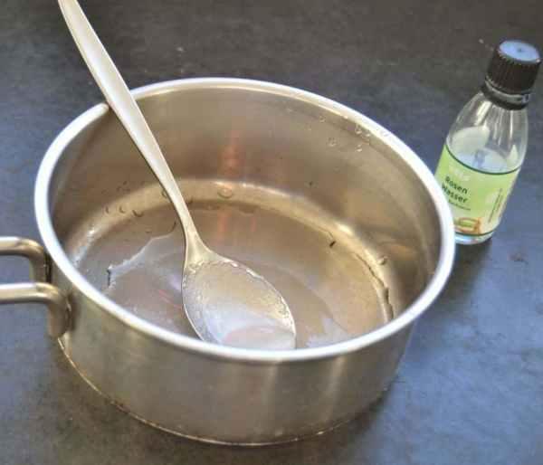 Rosenwasser - Zucker Sirup