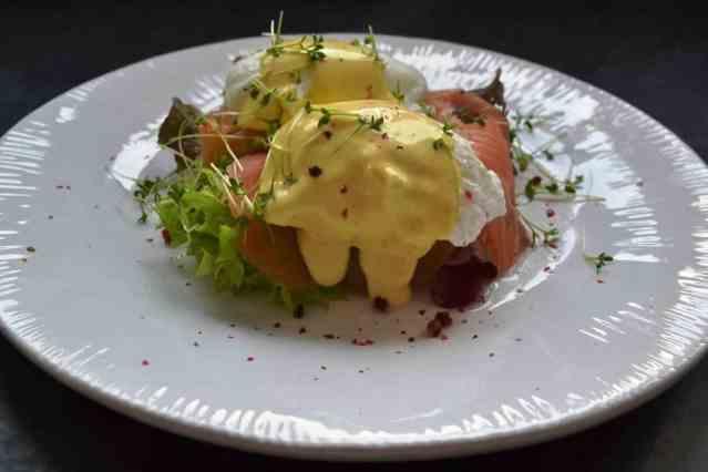 eggs benedict eggs hemingway mit geräuchertem Lachs kochen aus liebe
